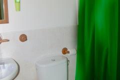 detalle del baño de la casa rural de Can Micos en Riudarenes