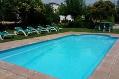 piscina del alquiler vacacional de Can Micos en Girona