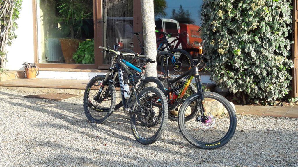 bici en la casa rural de Can Micos en Riudarenes