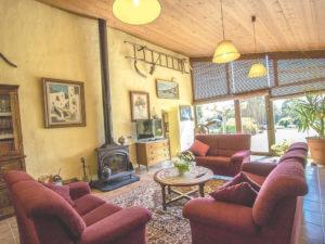 salón de la casa rural de Can Micos